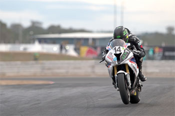 Allerton sets early ASBK pace in opening Symmons Plains practice