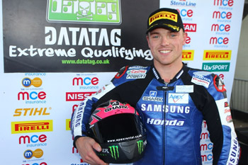 Lowes under lap record in BSB qualifying at Silverstone