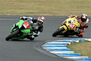 Walters wins inaugural Australasian Superbike Championship