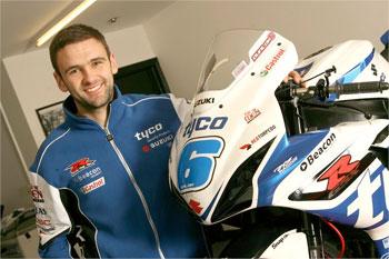 William Dunlop signs Tyco Suzuki international road race deal