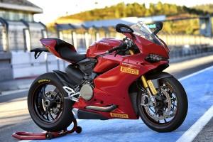 Pirelli DIABLO Supercorsa SP on Ducati Panigale range