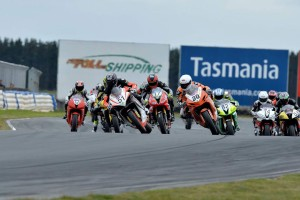 Elliott extends Supersport lead with round win in Tasmania