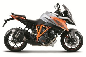 KTM's road line-up expands for 2016 model year