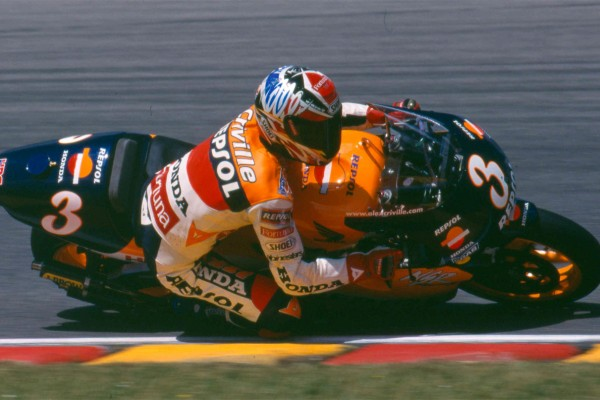 Criville and Uncini to become latest MotoGP Legends