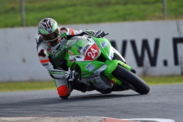 Bugden fastest out of the AFX-SBK blocks at Mallala