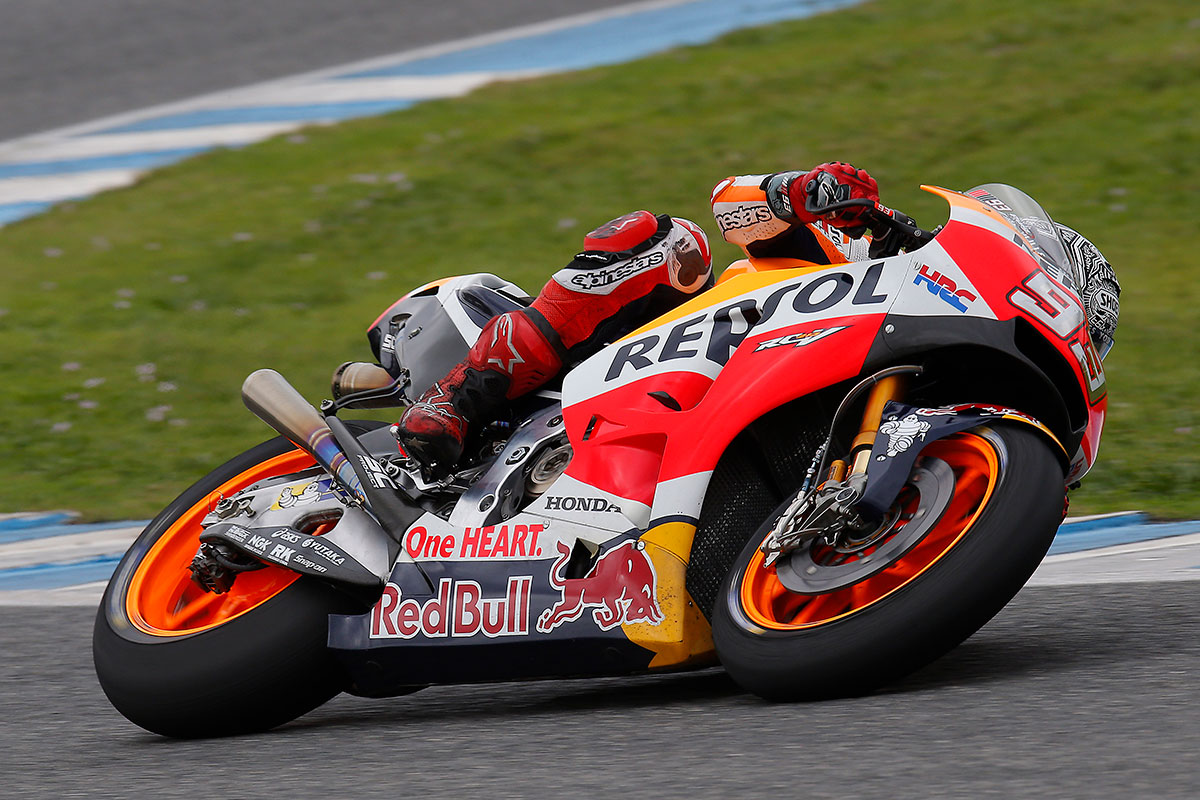 Marquez injures shoulder in private test at Jerez - CycleOnline.com.au