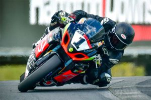 Frost clinches back-to-back New Zealand Superbike crowns