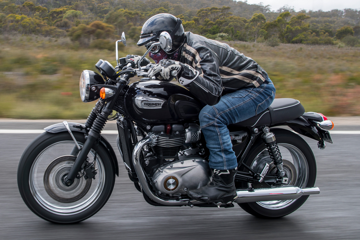 Review 2017 Triumph Bonneville T100 And T100 Black Cycleonlinecomau