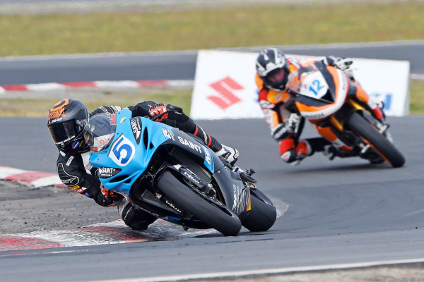 Collins dominant for Winton ASBK Supersport sweep