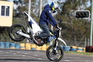 Review: 2016 Husqvarna 701 Supermoto