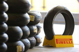 BTS: Pirelli ASBK tyre service