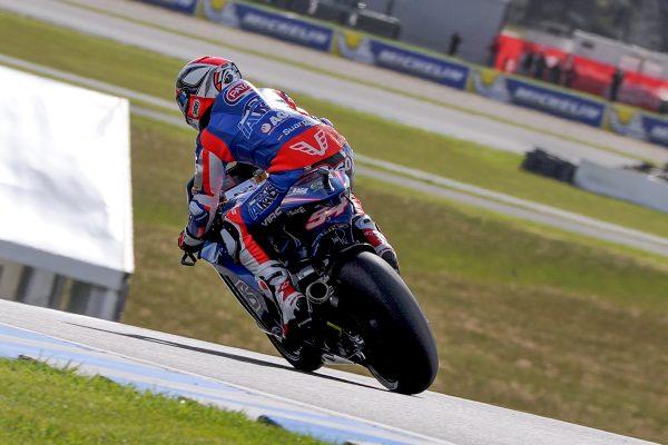 Pasini narrowly edges Schrotter for Phillip Island Moto2 pole