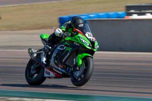 Glenn Scott makes successful return to Australian Superbike Championship
