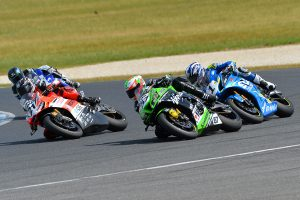 Heroic Bayliss breaks through for Phillip Island ASBK victory