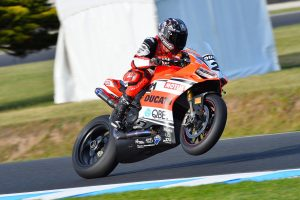 DesmoSport Ducati's Bayliss wins Superbikes at Australian GP