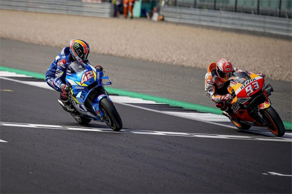 Rins steals victory from Marquez in Silverstone thriller