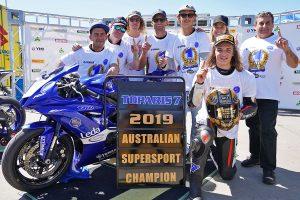Toparis lifts maiden Supersport crown at Phillip Island ASBK