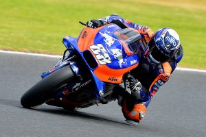 Petrucci to Tech3 as Oliveira moves into factory KTM team